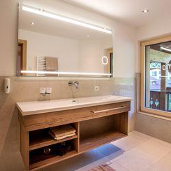 Badezimmer in der Panorama Suite