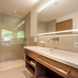 Badezimmer im Doppelzimmer Panorama